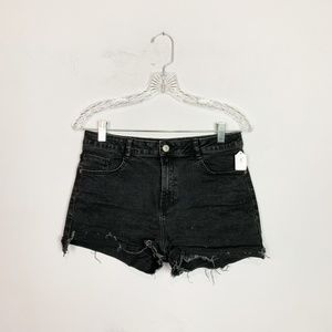 Zara washed black cut off denim shorts size 6